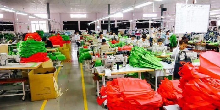 Xưởng sản xuất túi vải tại HCM