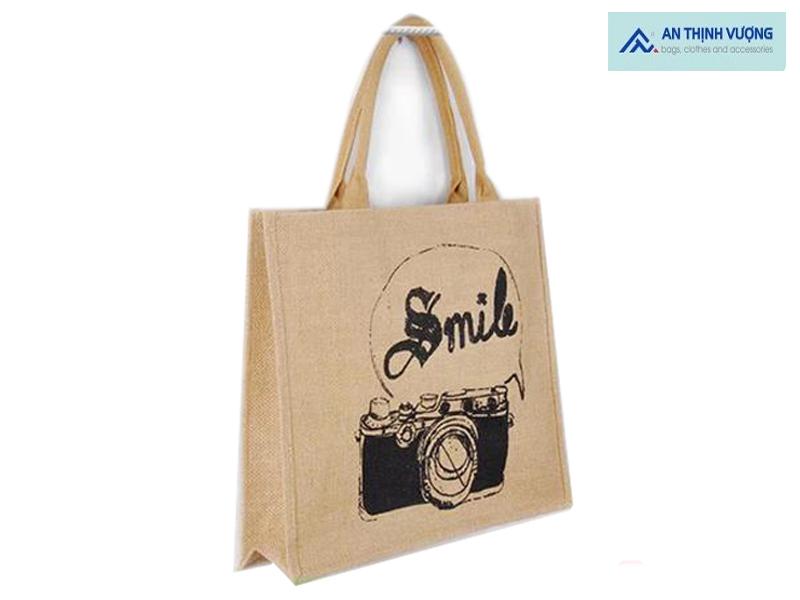 Túi vải đay là loại túi được làm từ chất liệu đay tự nhiên